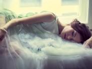 Толкование сновидения, если во сне покойник что-то дает