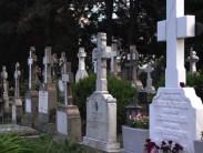 Приметы, связанные с кладбищем и причины их появления