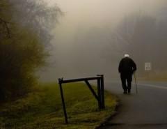 Трогательные слова в память об умершем дедушке: примеры стихов