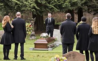 Что делать, если приснились смерть уже умершего человека: толкование по сонникам