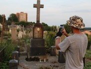 Можно ли фотографироваться на кладбище: за и против
