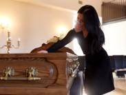 Как прощаться с умершим: правила и традиции