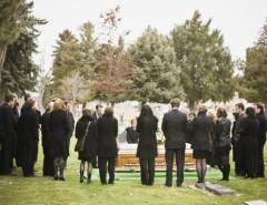 Снится похоронная процессия: стоит ли опасаться такого сновидения