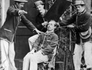 Для чего в 19 веке делали фотографии с покойными родственниками