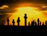 Видеть во сне могильные кресты: как толковать знамение