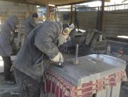 Материалы изготовления памятников: искусственный камень и стекло