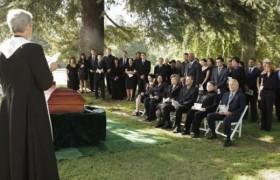 Примеры трогательных слов в память об умершем человеке