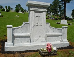 Преимущества и недостатки мраморного надгробия: характеристика материала