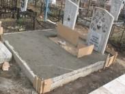 Как самостоятельно сделать фундамент для установки памятника