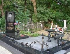Как подобрать могильную оградку кладбище: варианты дизайна