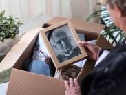 Как поступить с фотографиями родных, которые умерли