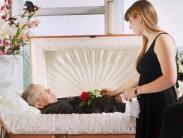 Насколько изменится внешность покойника: как выглядит в гробу