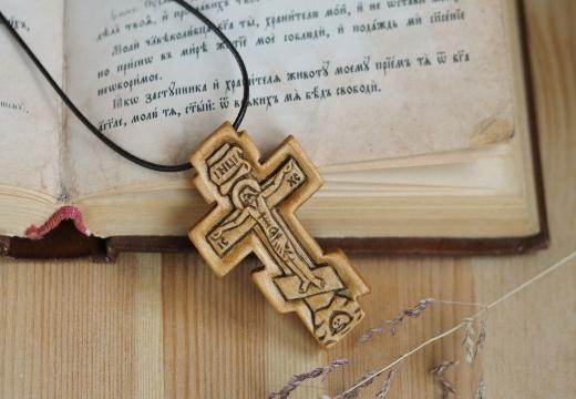 Крест из осины