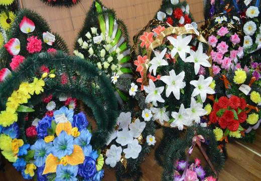 цветы для венков