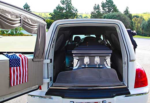 гроб в машине
