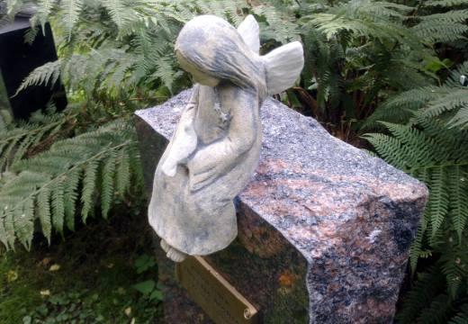Надгробный ангел