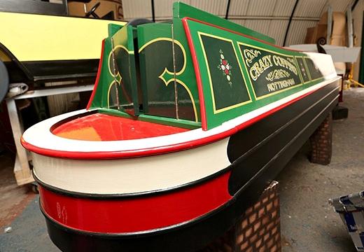гроб в виде лодки