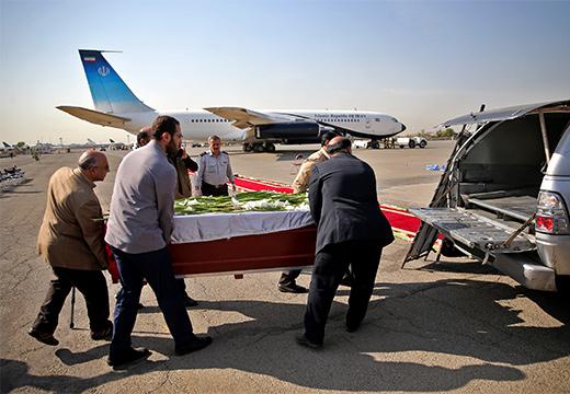 самолет и гроб