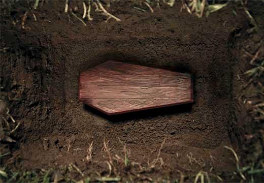 гроб в могильной яме