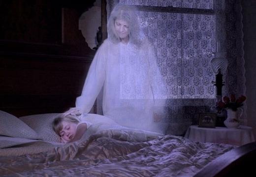 призрак матери
