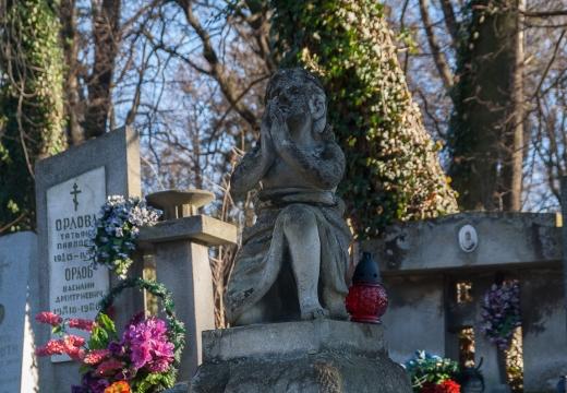 красивое надгробие