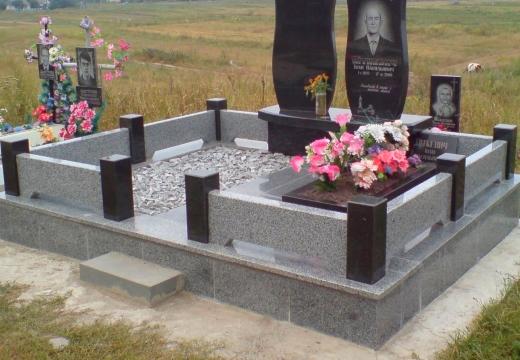 гранитная оградка на могилу