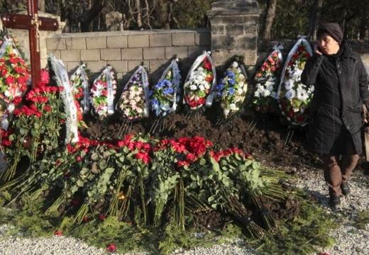 новая могила после похорон