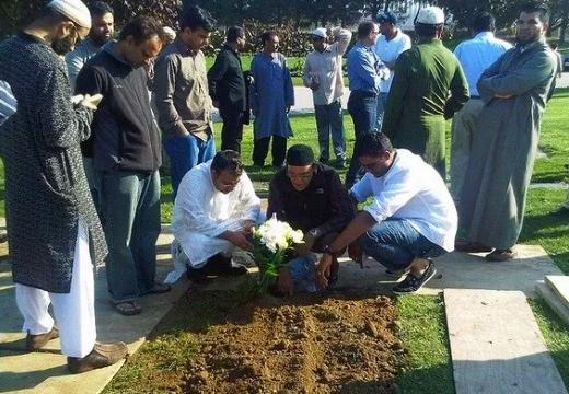 на похоронах мусульманина