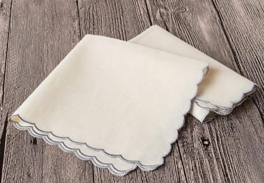 Белые платочки