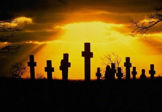 кресты на закате