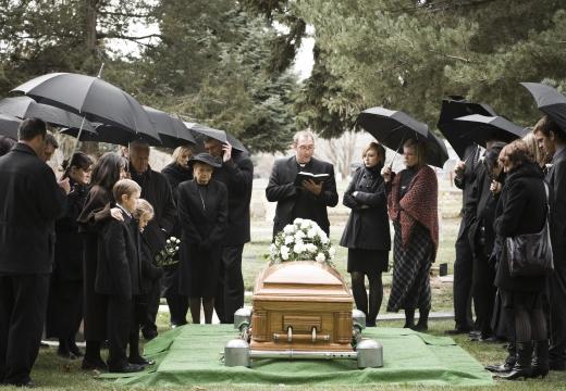 похороны на кладбище