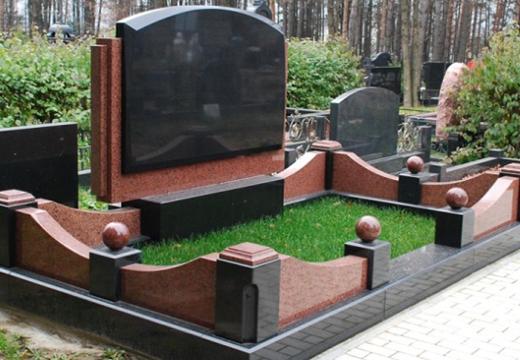 вариант комплекса на могилу