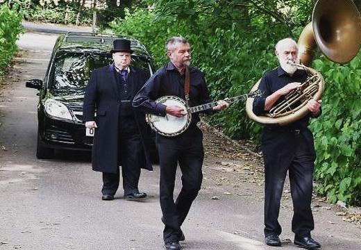 Оркестр ан похоронах