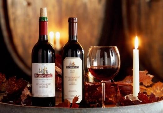 вино кагор свеча