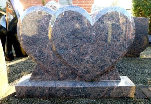двойной памятник сердца