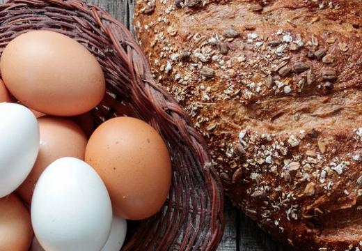 яйца хлеб