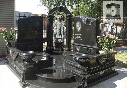 Семейный мемориал