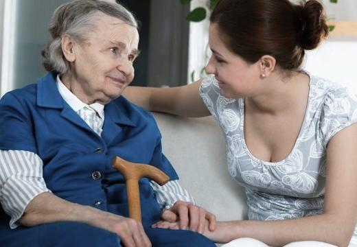разговаривать с бабушкой
