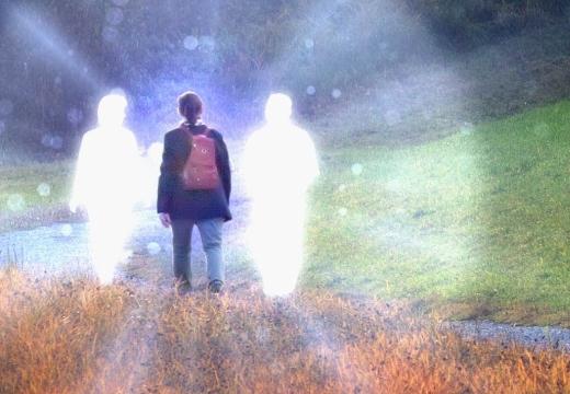 мальчик и призраки