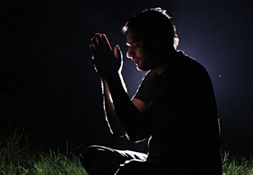 молиться ночью